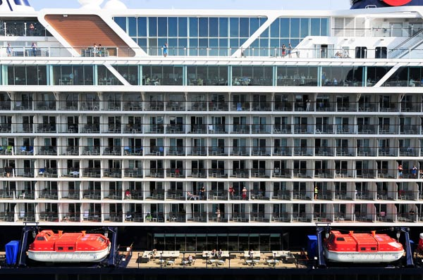 cruise rooms with balconies